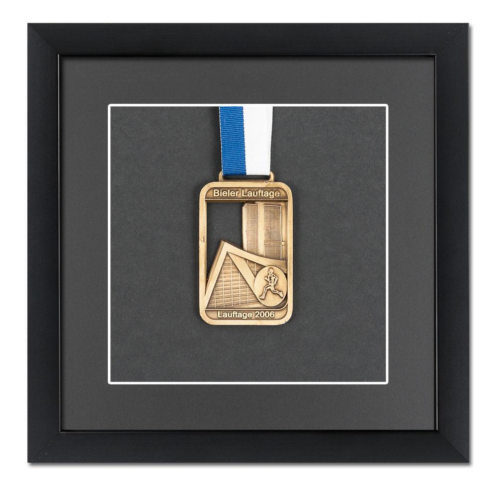 Medaljram 20x20 cm, svart