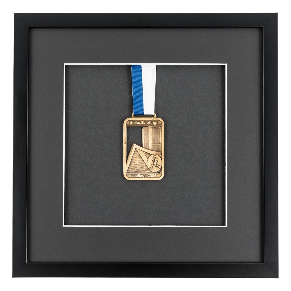 Medaljram 30x30 cm, svart