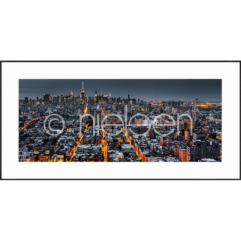 "Inramad bild ""New York Skyline"" med aluminiumram C2"