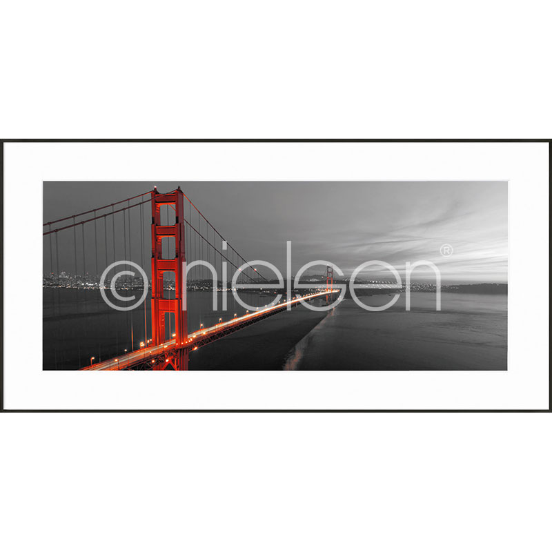 "Inramad bild ""Golden Gate Bridge"" med aluminiumram C2"