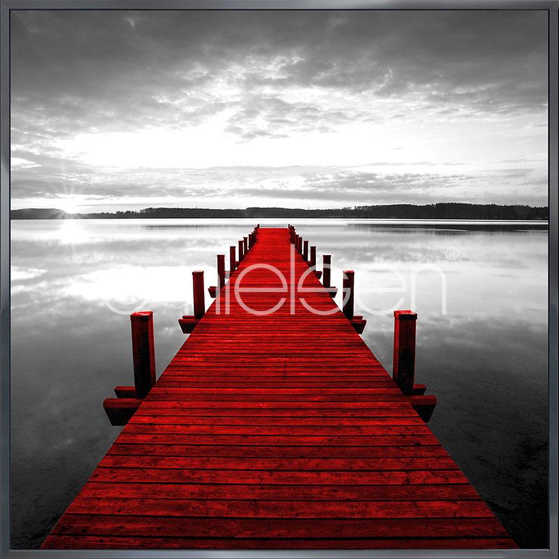 """Inramad bild """"Footbridge red"""" med aluminiumram Alpha"""