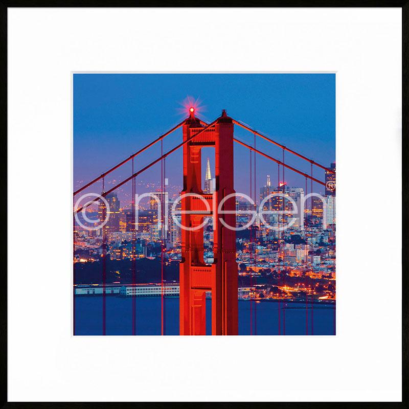 "Inramad bild ""Golden Gate Bridge"" med aluminiumram C2"