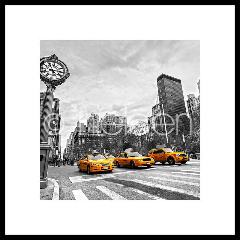 """Inramad bild """"New York Taxi"""" med aluminiumram C2"""