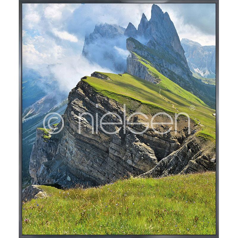 "Inramad bild ""Mountain Range"" med aluminiumram Alpha"