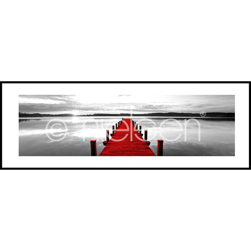 """Inramad bild """"Footbridge red"""" med aluminiumram C2"""